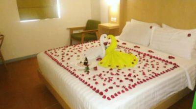 Hotel Honeymoon di malang maxone ascent