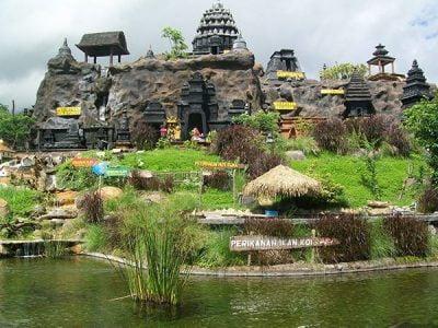 Paket Wisata Bromo Malang 3 Hari 2 Malam Jatim Park 2 Kolam Ikan Koi