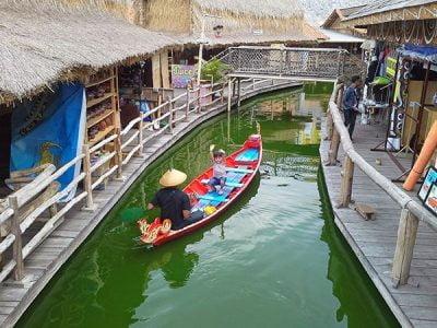 Paket Wisata Bromo Malang 3 Hari 2 Malam Pasar Apung Museum Angkut