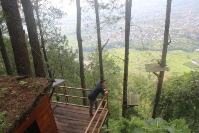 Omah Kayu Paralayang Batu Malang