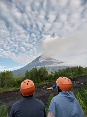 Destinasi - 12 Paket Explore Tumpak Sewu dan Offroad Gunung Semeru 2 Hari 1 Malam