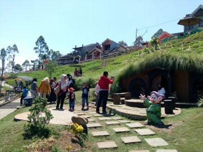 Info wisata dan wahana di Taman Kelinci image 4