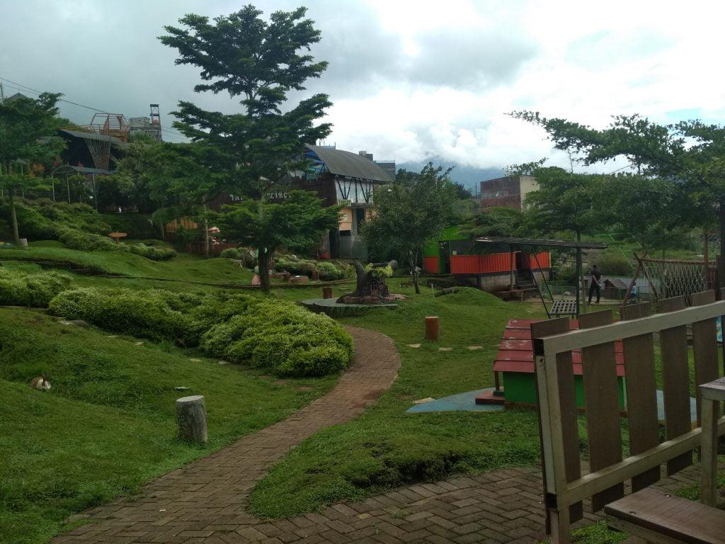 Info wisata dan wahana di Taman Kelinci image 7