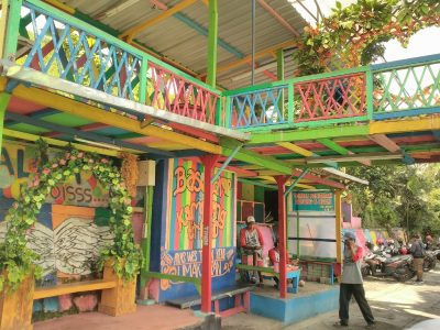 Info wisata dan wahana di Kampung Warna Warni Jodipan Malang image 4
